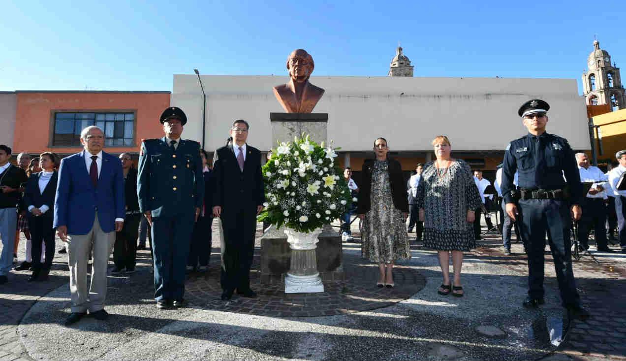 Realizan guardia de honor en Irapuato