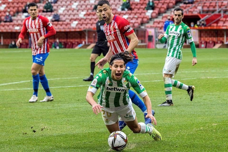 Con Lainez como titular califica Betis a octavos de final de la Copa de Rey