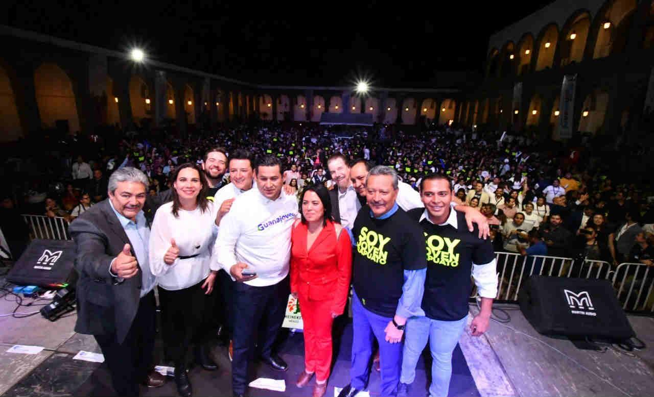 Participan 3 mil personas en Encuentro de Juventudes