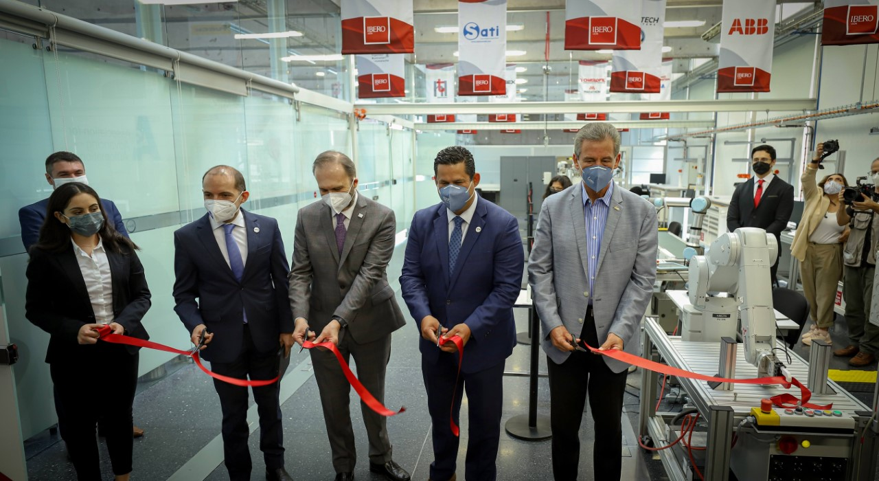 Inauguran Laboratorio 4.0 en León