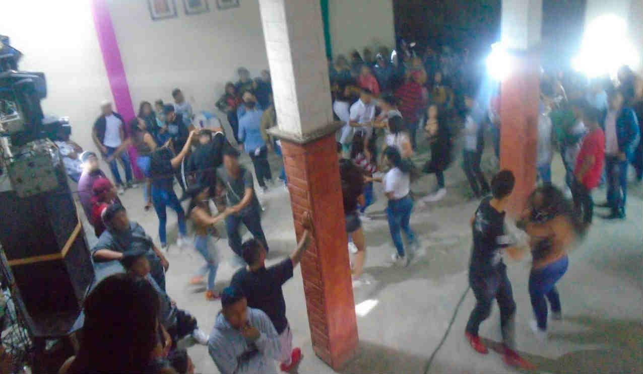 Sancionan en León fiesta de motociclistas