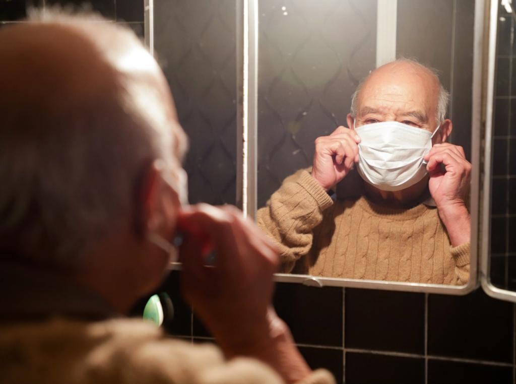 Llama DIF a proteger a personas adultas para evitar contagios por Covid-19