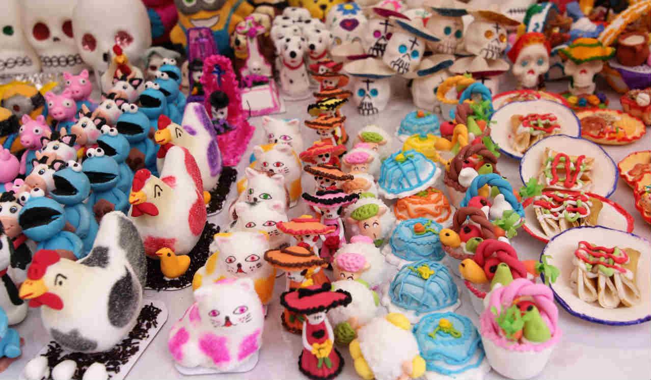 Inicia Feria del Alfeñique en la Capital