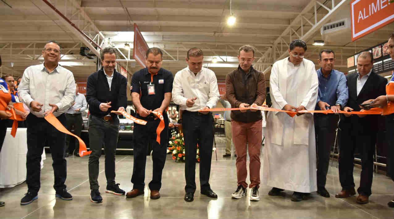 Inaugura Alcalde tienda Chedraui en la Capital