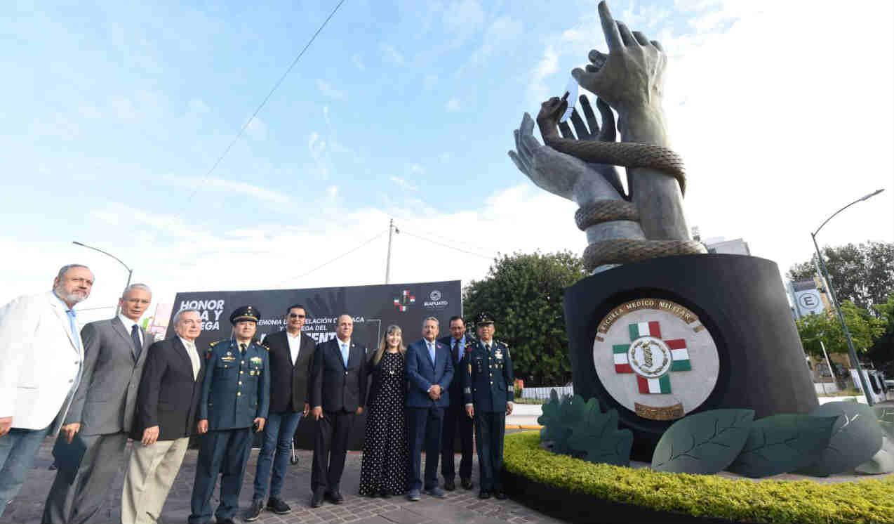 Inauguran monumento en honor a la Escuela Médico Militar