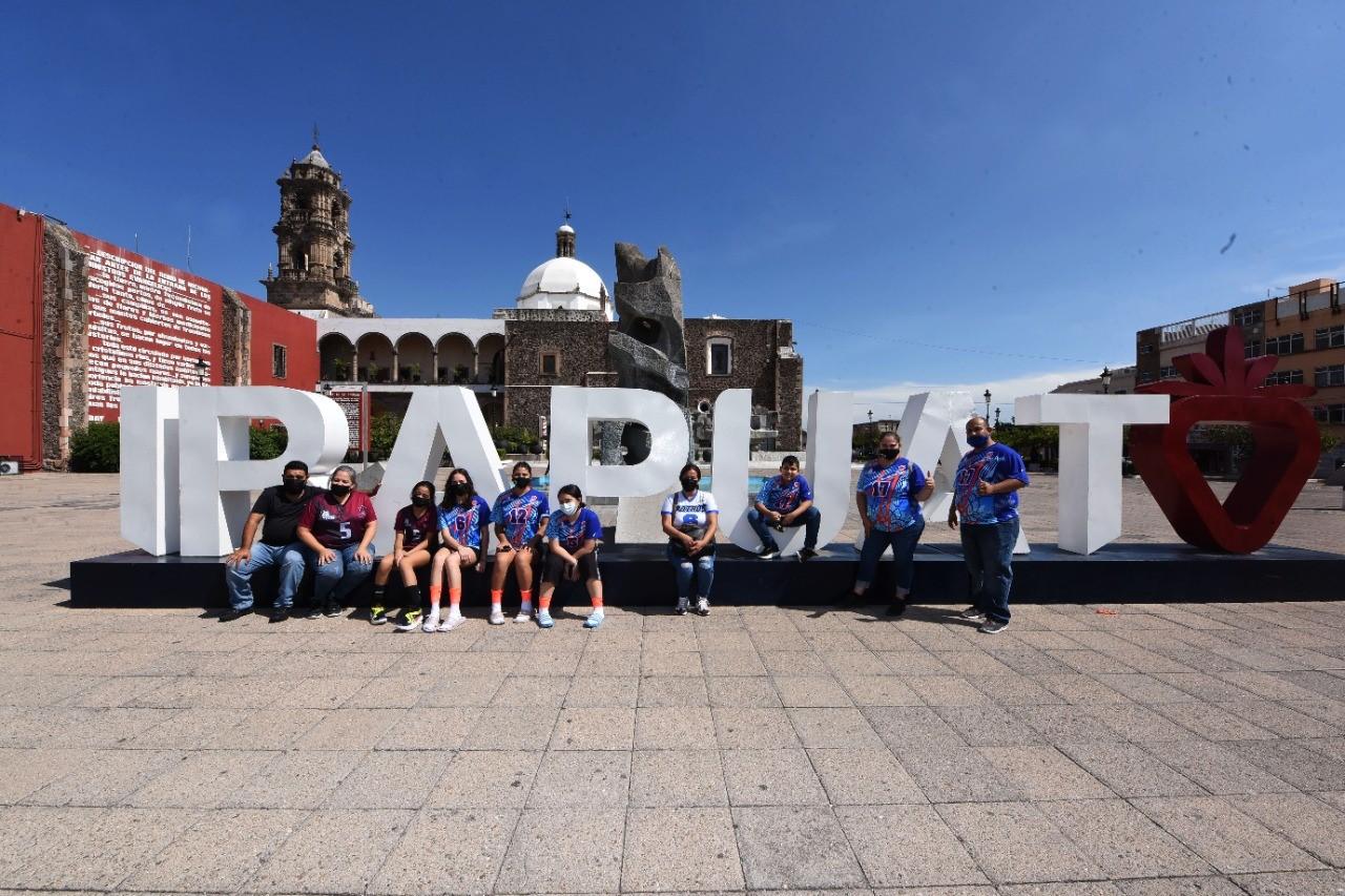 Cautiva Irapuato a participantes de Festival Infantil y Juvenil de Voleibol