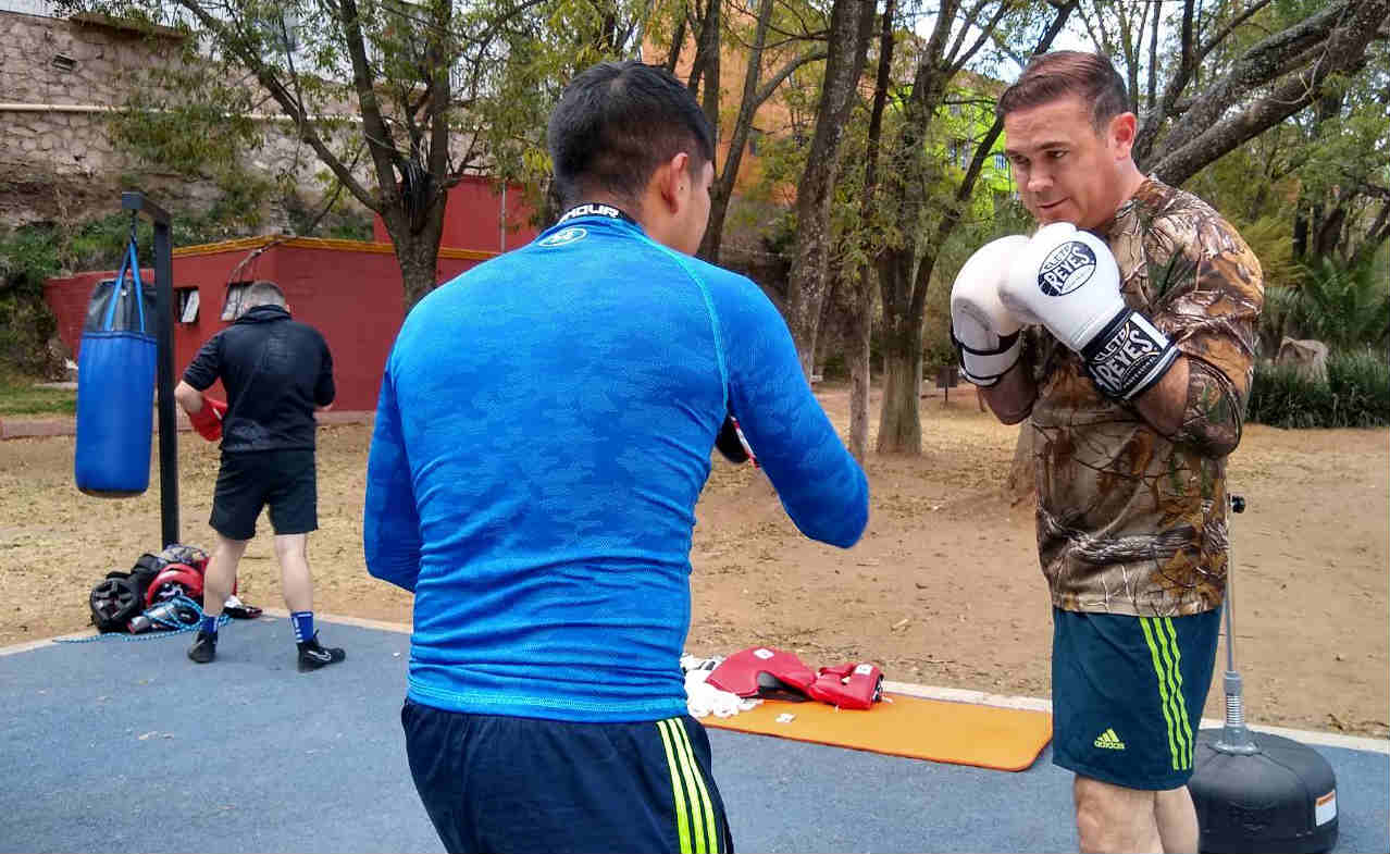 Anuncian jornada boxística para inaugurar ring en la Capital