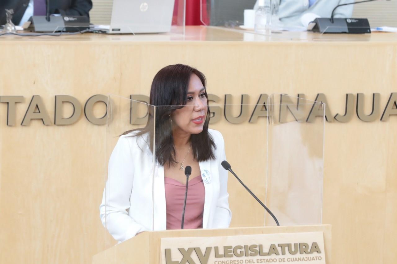 Llama diputada Susana Bermúdez a mejorar calidad de vida de las personas de talla baja